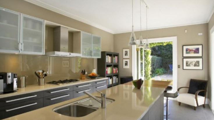 Why Glass Splashback is a Better Option