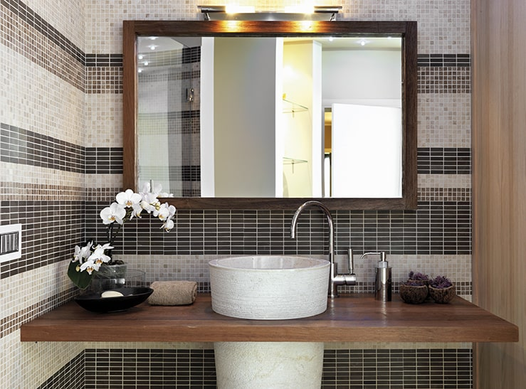 Simple Ways to Add Spa Luxury to Your Bathroom